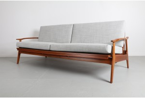 Sculpted Airest Sofa Daybed