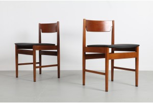 Eight Scandinavian Style Spade Back Dining Chairs
