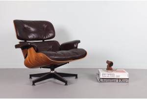 Authentic Eames 670 Lounger for Herman Miller