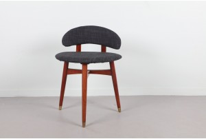 Petite Side Chair