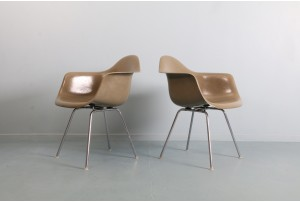 Pair of Early Eames 'DAX' Chairs for Herman Miller