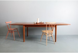 Refined Henning Kjaernulf Dining Table
