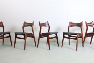 Six Erik Buch 'Model 310' Dining Chairs
