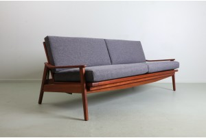 Angular Morgan Folding Sofa Daybed