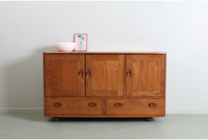 Stunning Lucian Ercolani Lowline Windsor Sideboard for Ercol